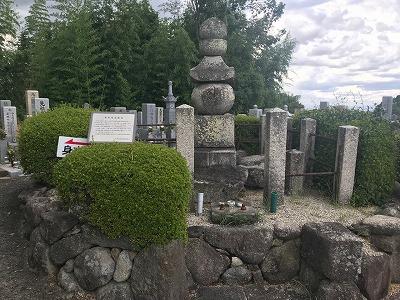 大阪石材南大阪店から割と近い森屋墓地(千早赤阪村)