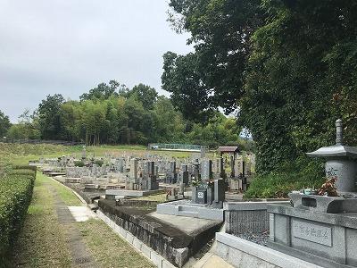 大阪石材南大阪から奈良県の中宮寺墓地にお仕事で来ています
