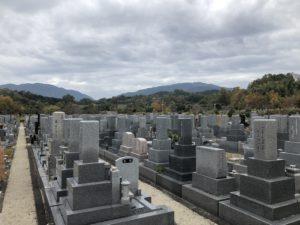 富田林霊園の6区です。