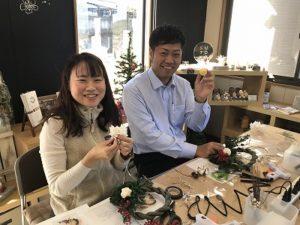 大阪石材南大阪店でしめ縄リースワークショップを開催しました。