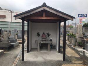 西野々墓地(松原市)のお堂