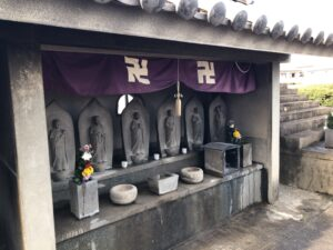 一津屋墓地(羽曳野市)のお墓