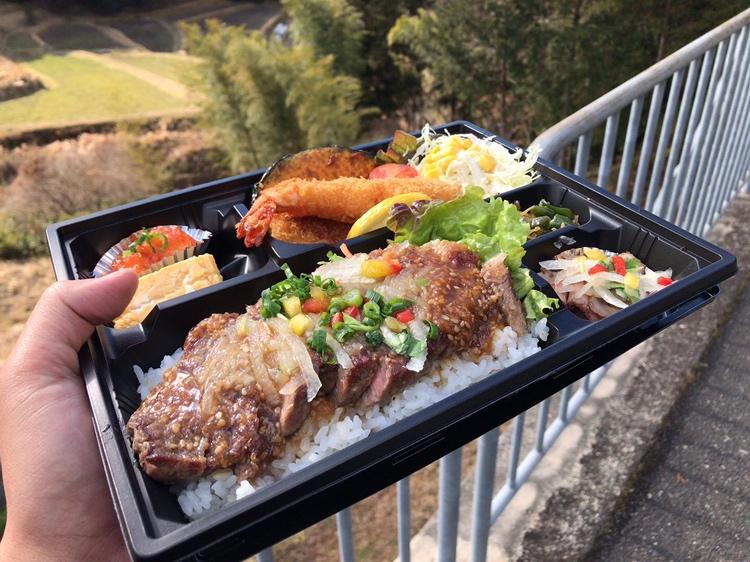 河内長野市寺元にある洋食のおとぎ屋さん