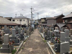 古町墓地(柏原市)のお墓