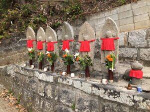 青谷墓地(柏原市)のお墓